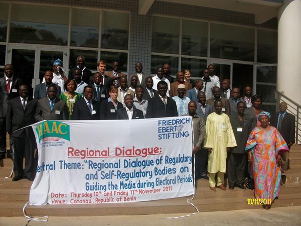 Séminaire atelier sur le thème : « Dialogue régional des instances de régulation et d'autorégulation sur l'accompagnement des médias en période électorale » du 09 au 11 novembre 2011 à Cotonou (Bénin)