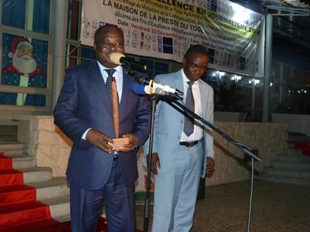 Presse : le président de la HAAC reçoit un prix spécial